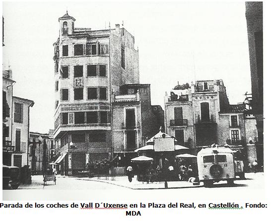 Plaza del Real , parada de los coches de la Vall, D´uxense