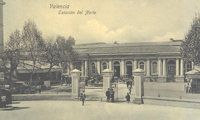 Edificio de viajeros del Grao de Valencia, foto  Juan García  Fondo CDR