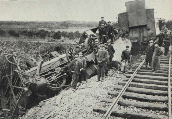 Locomotora_Correo_Accidentada_Torreblanca_