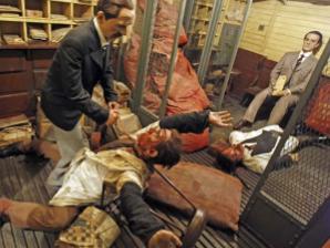 Reproduccion del crimen delCorreo de Andalucía, en el Museo de Cera, de Madrid